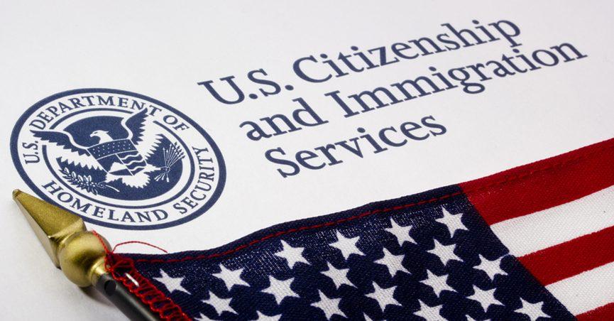 美国川普政府除籍计划将剥夺数千名美国入籍人的公民身份